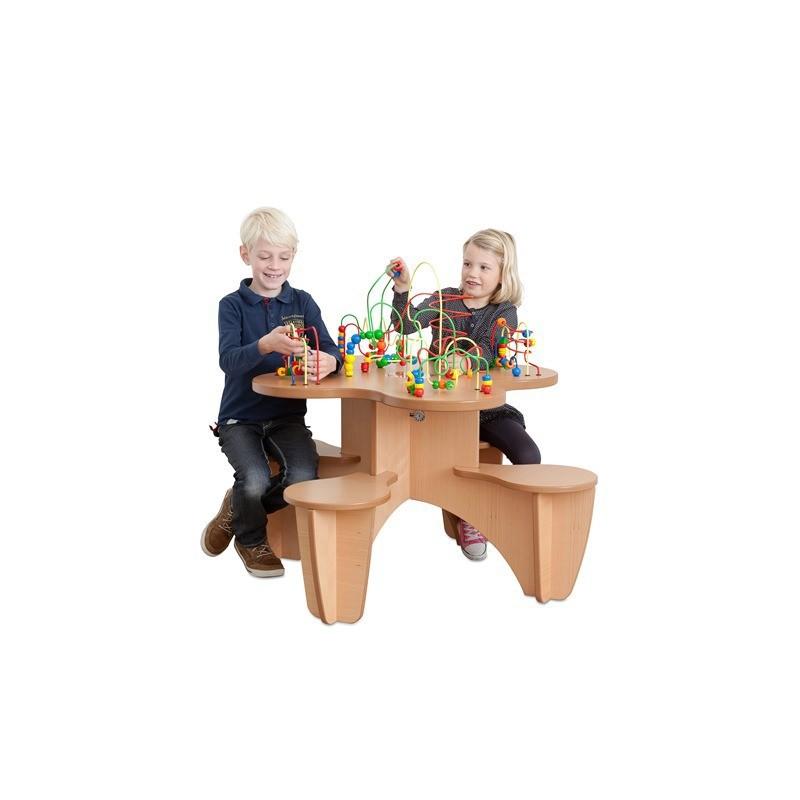 Table boulier et 4 chaises